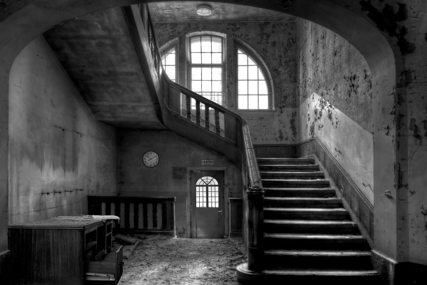 Verlaten school Charleroi