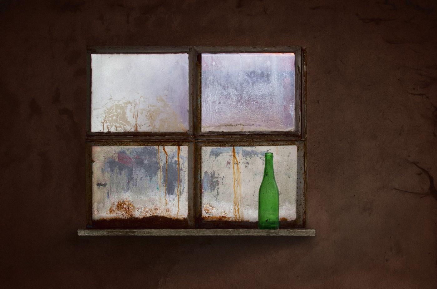 venster met fles
